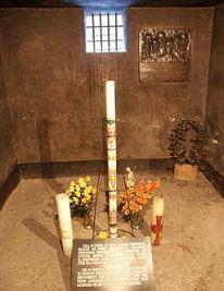 Todeszelle_Pater_Maximilian_Kolbes,_KZ_Auschwitz_I,_Block_11