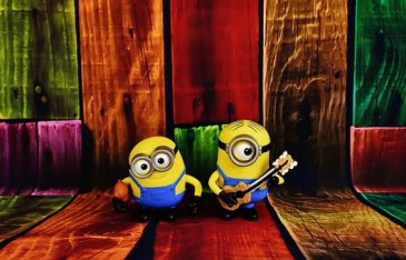 MINIONS WITH KEY